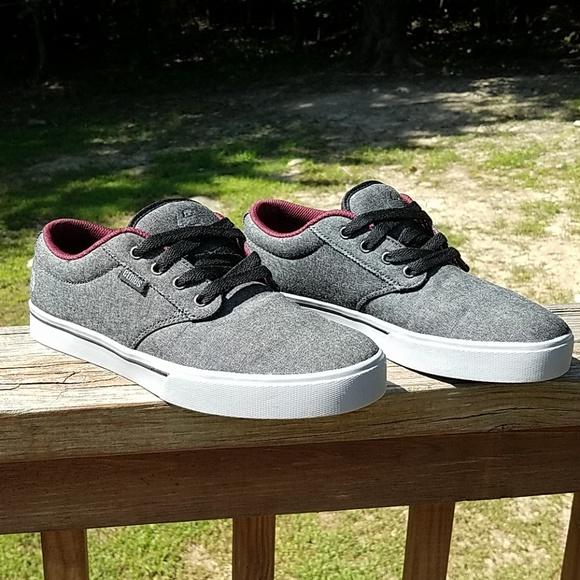Etnies Other - Etnies sneakers f4f50cf81